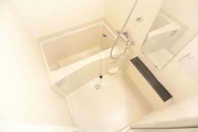 【浴室】プレサンス塚本駅前