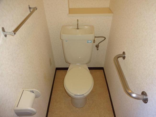メゾンDEコンフォーレ トイレ