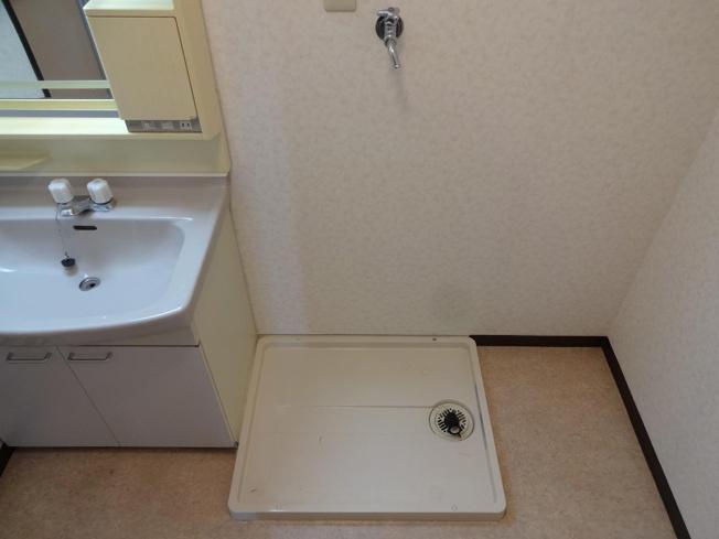 メゾンDEコンフォーレ 室内洗濯機置き場