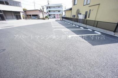 【駐車場】プチベール桝伊