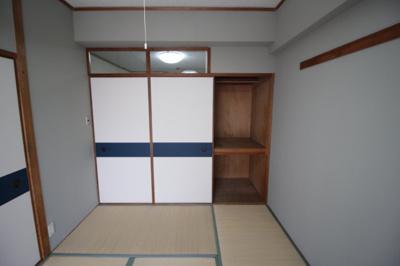 和室6畳押し入れ