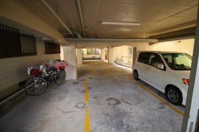 【駐車場】酒井マンション