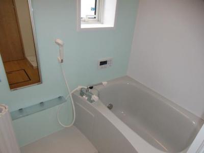 【浴室】クレストハウス