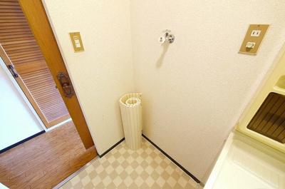 洗濯機はこちらへどうぞ。