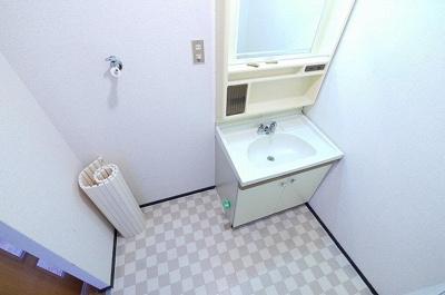 脱衣スペースとしても利用できます。