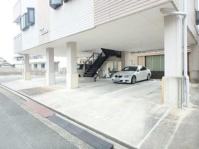 【駐車場】プレステージグロリア