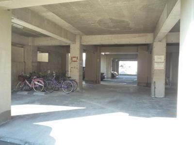 【駐車場】ベルメゾン