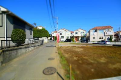 藤沢市鵠沼の名前がつく条件無し売地(土地)です☆ 土地面積は200㎡と建物、カースペース、お庭も十分な広さが確保できますよっ☆ ハウスメーカーの方とぜひ一度、ご相談ください☆