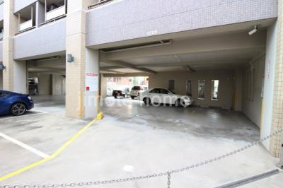 第18関根マンション平面駐車場