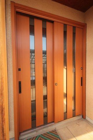 【玄関】米沢市花沢町1丁目 2階建て中古物件リフォーム済