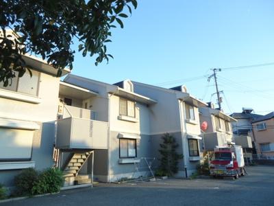 【マジェール六甲】【神鉄六甲駅】2階建のハイツです。駐車場代金不要