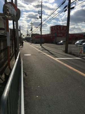 【前面道路含む現地写真】寝屋川市上神田1丁目中古物件