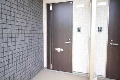 【エントランス】サンモール当新田