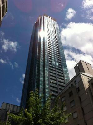 免震構造の50階建タワーマンションです!