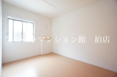 【洋室】アジャート ビブレⅡ