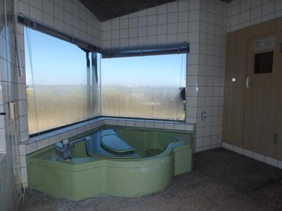【浴室】粒江庭付き平屋