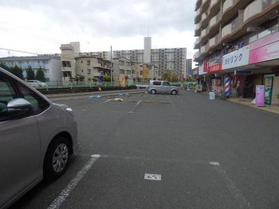 【駐車場】もりかずマンション南茨木