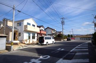 1号棟 前面道路含む現地(2018年01月)撮影