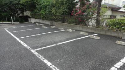 【駐車場】レオパレスアムール