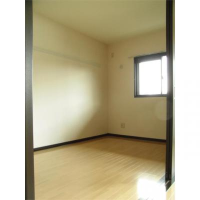 エミネンス・パティオの洋室