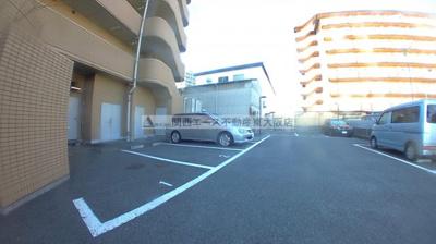 【駐車場】パークサイドシャトー