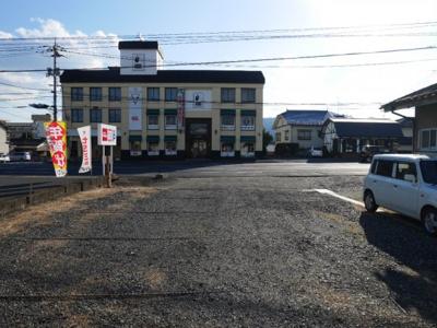 【前面道路含む現地写真】津山市椿高下 売土地113坪