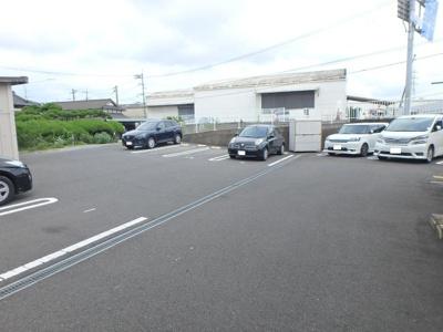 【駐車場】ルミエール8