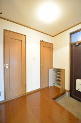 【玄関】ロイヤルコーポ長崎