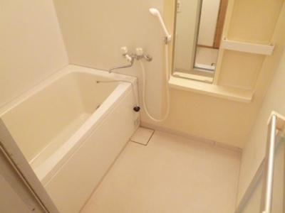 【浴室】メゾン・ド・ロワール