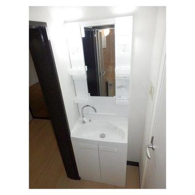 サニング本町の洗面台