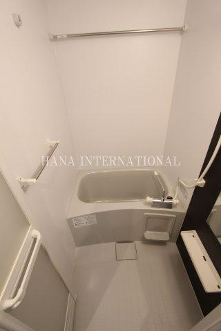 【浴室】リブリ・Tripolis Ⅱ