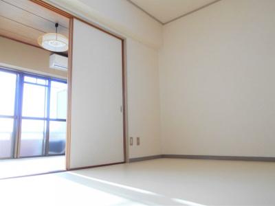 【洋室】ナカシマハイツ