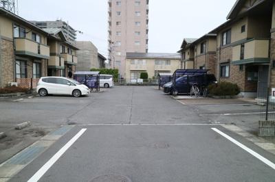 【駐車場】リビングタウン堅田 C棟