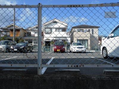 【外観】粟生新家3丁目 上島駐車場①