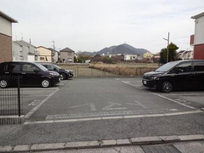 【駐車場】コウジィー・コート