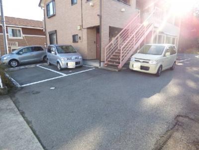 【駐車場】ウエストフィールド