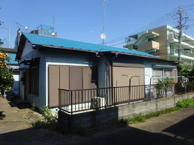 「日吉」駅にアクセス可能な最寄りバス停より徒歩4分!お買物にも便利な立地のアパートです♪