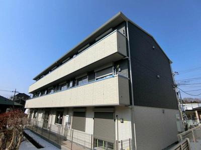 2018年3月完成予定の新築アパート☆小田急多摩線「五月台」駅より徒歩1分の好立地!3階建てのアパートです☆只今工事中です!完成をお楽しみに~♪