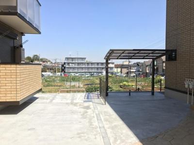 屋根付きの駐輪場・バイク置き場完備しています!自転車やバイクがあれば通勤・通学、お買い物にも便利です♪