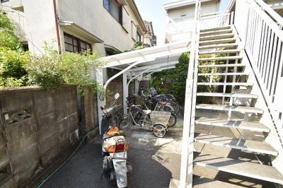 【駐車場】寺井ハイツ (株)Roots