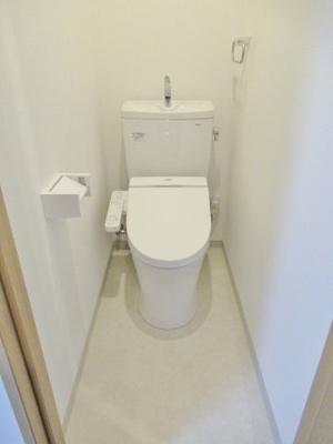 温水洗浄便座付きトイレもきれいです