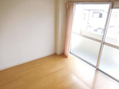 【寝室】サンワロイヤルマンション2号館