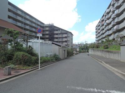 【周辺】藤和コアティ高槻ハイタウンC号棟