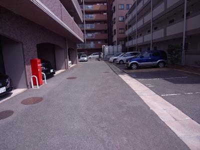 【駐車場】ロイヤルクレスト