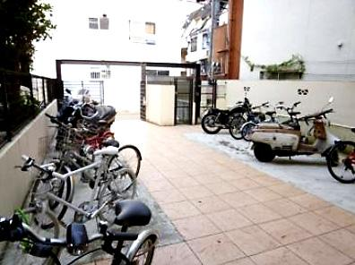 コーポシャルム(1DK) 駐輪場