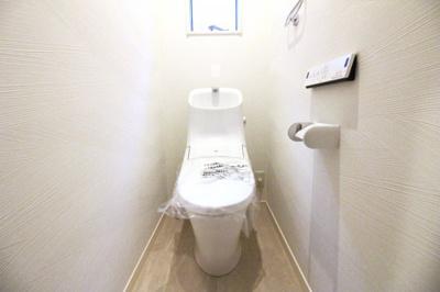 トイレが1階と2階にあるので、わざわざ違う階までいかなくてもすみます。