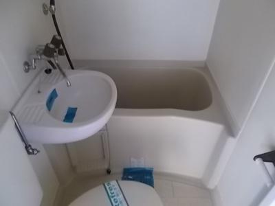 【浴室】レオパレス小田井