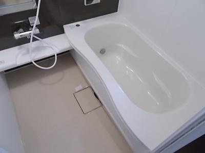 【浴室】ハートポーズ(Heart Pose)