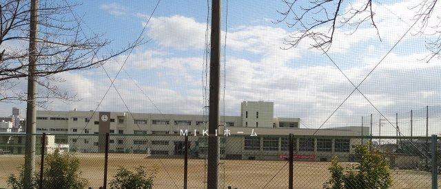 箕面市立第二中学校