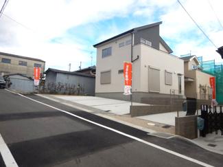 2号棟 前面道路含む現地(2017年12月)撮影